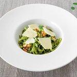 ¡Amantes de la pasta! ¿De qué tipo de pasta fresca está elaborado este plato?