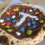 3, 2, 1... ¡Regálate un capricho dulce: pizza de Nutella! ¿Puedes resistirte a ella?