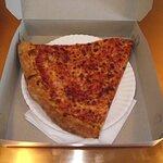 ME - WELLS - PIZZA MARKET - THE SLICE