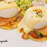 早午餐-煙燻鮭魚班尼迪克蛋: