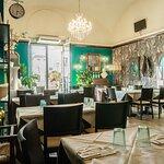 Photo of Cafe Set - Restaurant & Lounge Bar