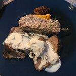 Suggestion du jour : Épaule de veau cuite en basse température, avec un risotto de sarrasin au m