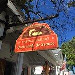 Croissants De France Bakery & Restaurant Foto