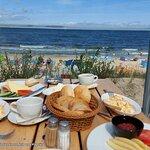 Frühstück auf Meerterasse