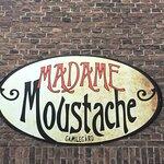 Bild från Madame Moustache