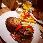 Veganer Burger im Mama Muu
