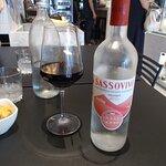 acqua frizzante camuffata da vino