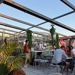 Bilde fra Roof Top by Sassy - Restaurant & Cocktail Bar