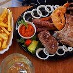 Fotografija – Lvxor Kavana & Restoran