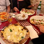 Pizze napoletane (4 Formaggi, Diavola y Bufalina)