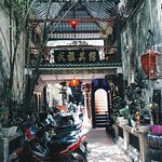 Lovely interiors with strong Chinese architectural influences