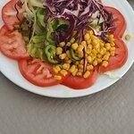 ensalada mixta (rica pero viene ya aliñada de cocina)