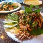 ภาพถ่ายของ Anong Restaurant - Choengmon