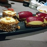 Sushi Roll Choco y Nigiri rojo