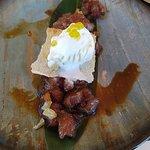 Tartar de atún rojo, con gominolas de jengibre, helado de wasabi y esferificaciones de aceite de