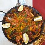 Très bonne paella ,le top ,pour 2 personnes .