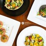 Los mejores platillos, sazon y servicio en Restaurante La Ceiba del Hotel Hyatt Regency Villaher