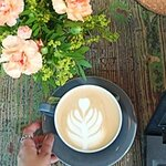 Nice coffee and nice flowers to be in a pic