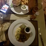 News Steaks & Grill resmi