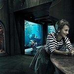 Lost Chambers Aquarium + SIM card with FREE Talktime
