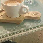 Фотография Antract Coffee & Bakery