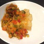 Bacalao con pisto, plato de buena calidad, sabor y ración perfecta!!