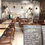 ภาพถ่ายของ Nanya's Bar & Restaurant