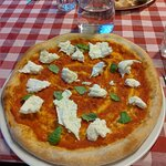 Valokuva: Pizzeria Basilikò