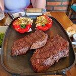 Denver Steak com pimentões recheados