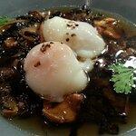 champignons des bois et oeuf mollet