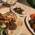 صورة فوتوغرافية لـ لبناني ام خليل