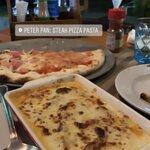 ภาพถ่ายของ Peter Pan: Steak Pizza Pasta