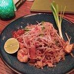 泰式蝦炒河粉