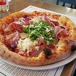 Fotografija – Burra pizzeria bistro