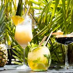 Cocktails : Pina Colada, Mojito, Cold brew