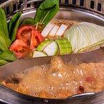 小蒙牛顶级麻辣养生锅(烤)西门店照片