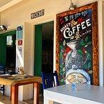 Linckia Roastery cafe resmi