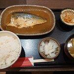 19.12【魚米処旬】さば味噌煮定食