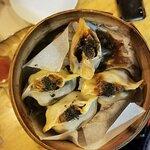 dumpling de pato, trufa y boletus