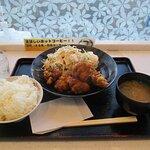 大盛唐揚げ定食780円