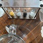 صورة فوتوغرافية لـ The Hamptons Cafe - Jumeirah Road