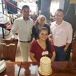 El cumpleaños de mi hija lo celebramos en Carnes y Vinos, un lugar muy lindo y acogedor.