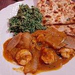 Prawns Dopiaza, Rice with spinach, One piece of Garlic Nan, One piece of Tandoori Roti