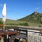 Restaurant-Terrasse - fast wie auf einer Alm.