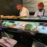 4 sushi chefs at work non-stop!
