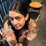 صورة فوتوغرافية لـ Starbucks Queen Street