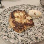 Rosta de Santa Teresa caramel·litzada amb gelat de carquinyoli