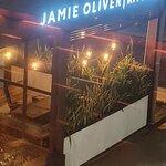 Jamie Oliver Kitchen照片