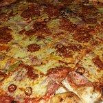 Ungarica Pizza