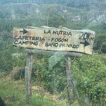 Aa 20 km desde Puerto Rio Tranquilo con buen camino. A 7 km del Camping pueden visitar la Cascad